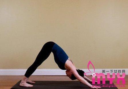 拉伸韧带翘臀的五个瑜伽瘦小腿动作 最适合OL的瘦腿秘诀