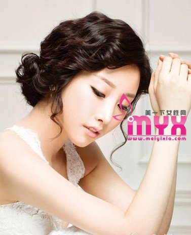 10款韩式新娘盘发 唯美又创意 打造最精致迷人美新娘