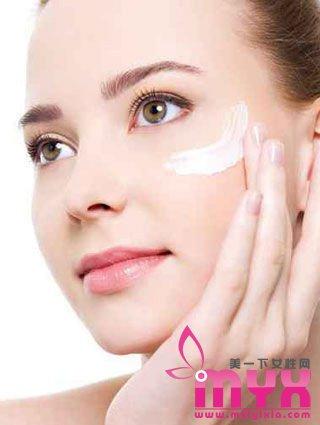 30岁女人拥有20岁肌肤的正确护肤步骤