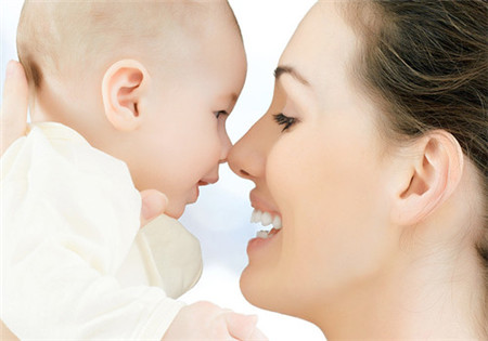 产后妈妈的正确坐月子方式,提前告别减肥困扰
