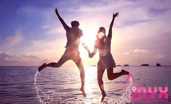 能拥有相伴一生爱情的生肖配对 爱情终归细水长流