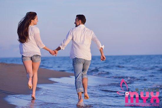 女人不该轻易为男人改变的事 爱情里也要有自我