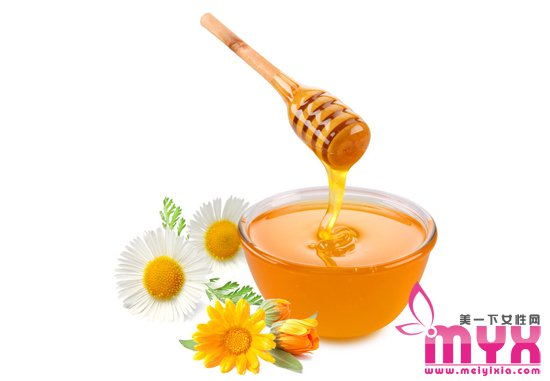 DIY蜂蜜面膜的方法步骤 蜂蜜补水就是so easy