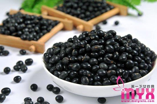 冬季吃豆子养生法 吃豆类健脾胃再补气血更有效