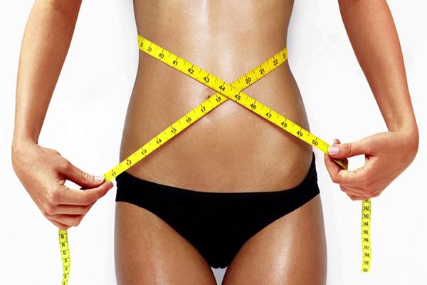 月经期间疯狂减肥 这样做减掉水桶腰