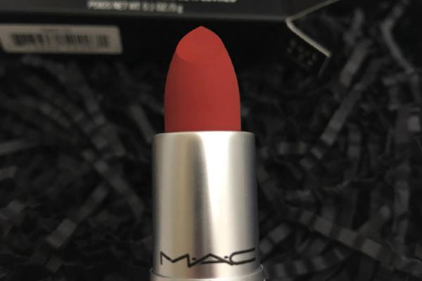 MAC口红316号是什么颜色 神仙色Ruby woo适合黄皮吗