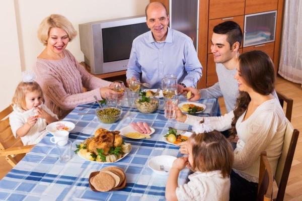 宝宝做客待客礼仪 做客之道体现了孩子的教养