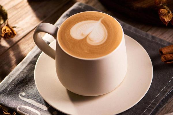 咖啡和茶哪个更提神 咖啡和茶哪种更健康